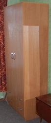 Продам двух-дверный шкаф