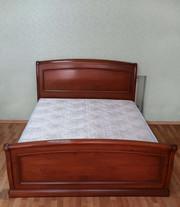 Продам итальянскую двуспальную кровать