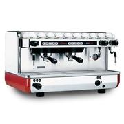 Продам 2-х постовую кофемашину La Cimbali M22 бу для общепита