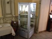 Продам кондитерскую витрину Tecfrigo Prisma 400 бу для общепита