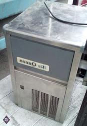 Продается барный ледогенератор ICE Queen FBA 20 б.у.