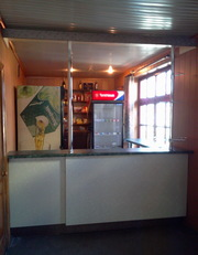 Рецепшены,  витрины,  маникюрные столы,  мебель для парикмахерских